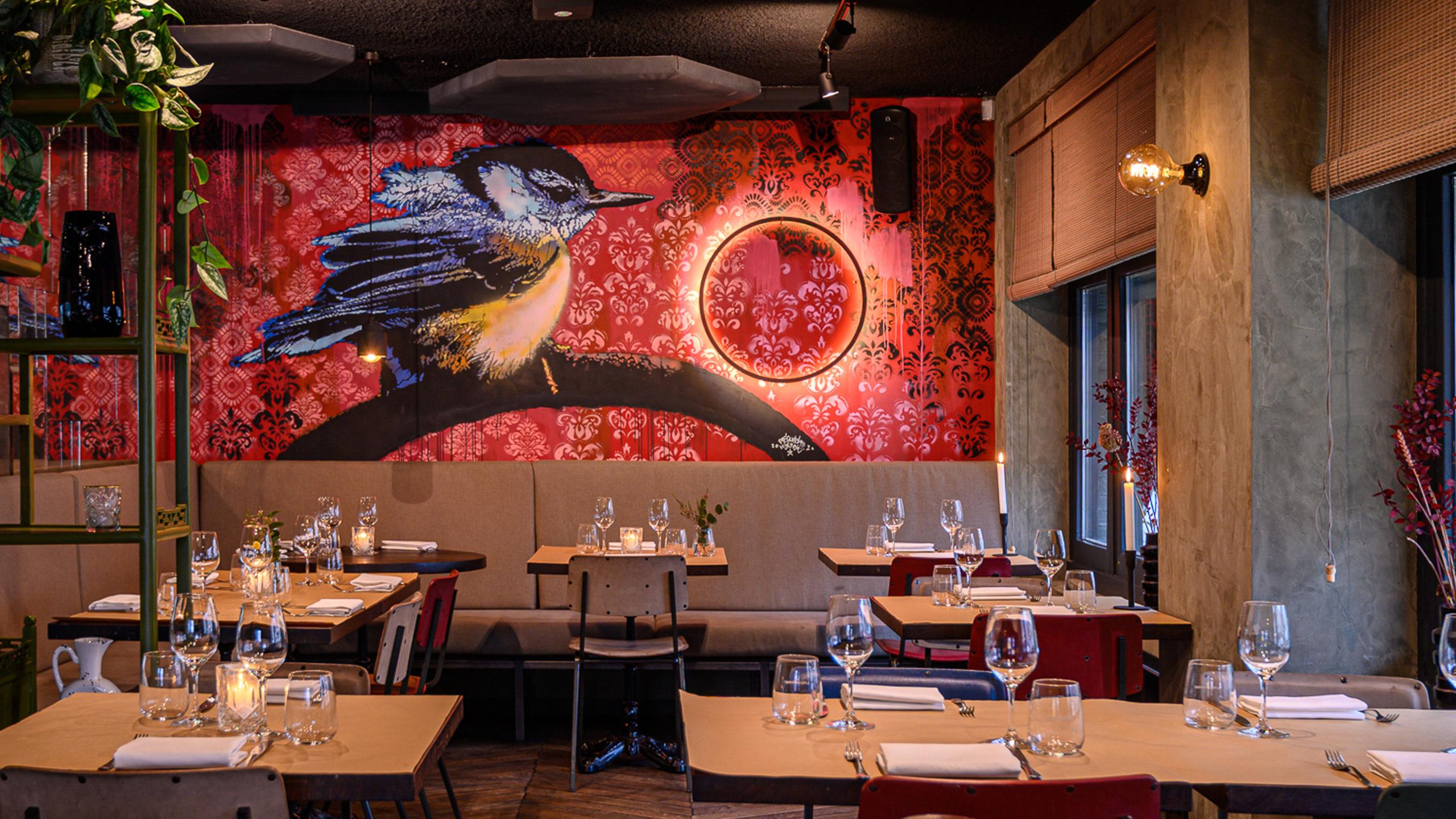 rondreizend restaurant baut wordt bar baut in amsterdam