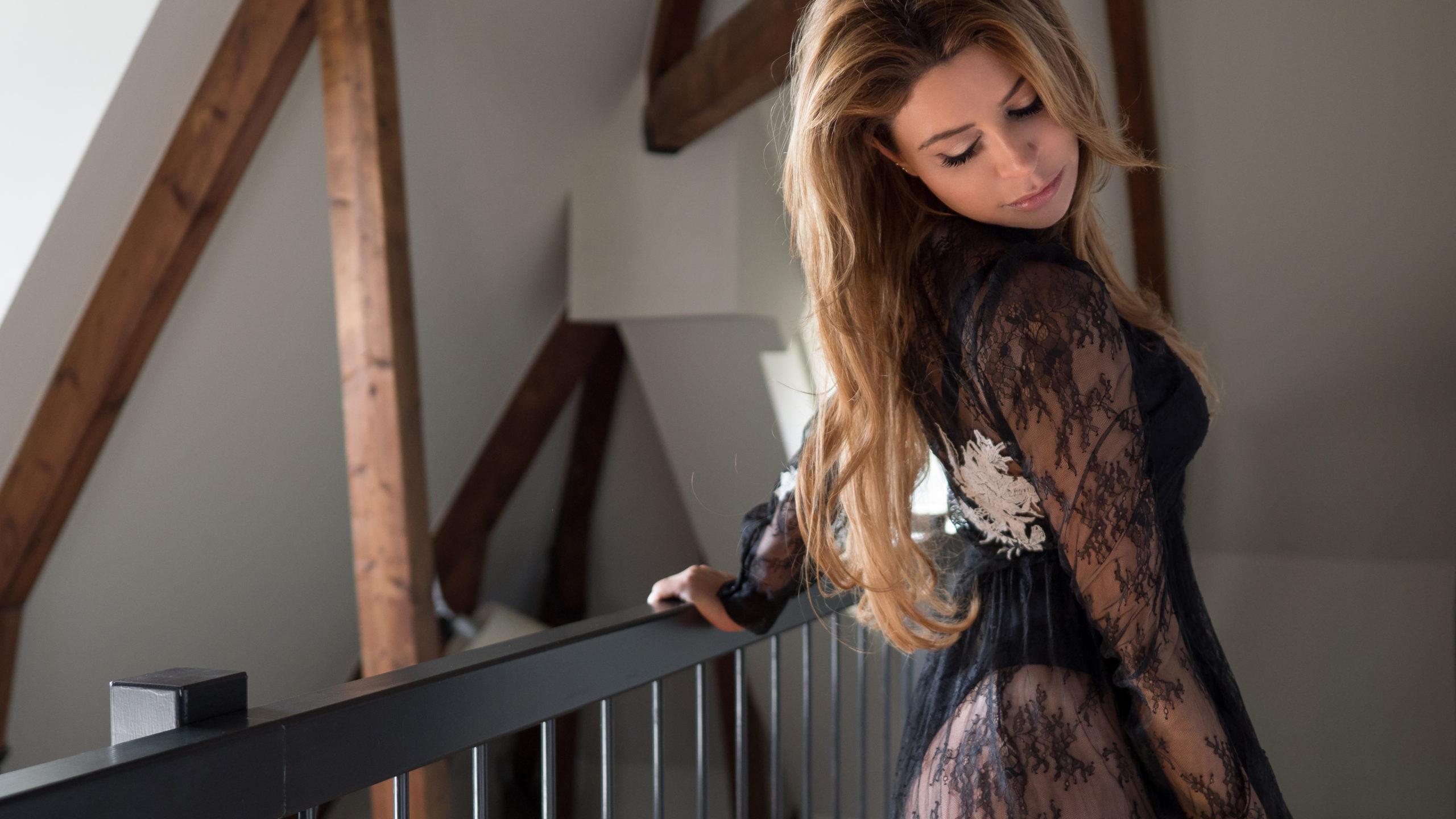 Sexy shoot met Olcay Gulsen